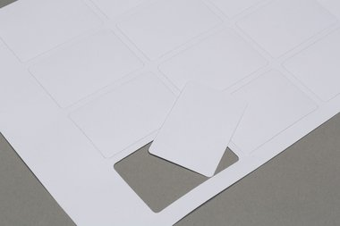 Sheet with blank cards (43,5x67,5mm)