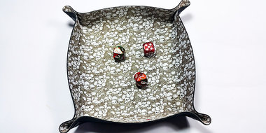 Dice Tray Square: Antique Skull (All Rolled Up)