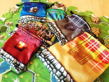 Clans of Caledonia: Bags